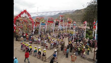 Arequipa: Más de 300 danzarines participaron en Festival de Wititi