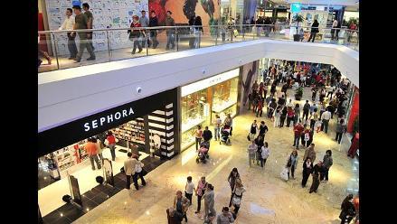 Peruanos desconfían de tiendas por departamento