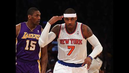 Carmelo Anthony y los Knicks de Nueva York castigaron a los Lakers