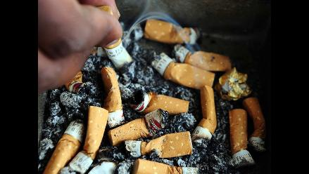 Presión alta, tabaquismo y alcohol, principales riesgos de la salud