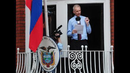 Assange cumple seis meses refugiado en embajada de Ecuador en Londres