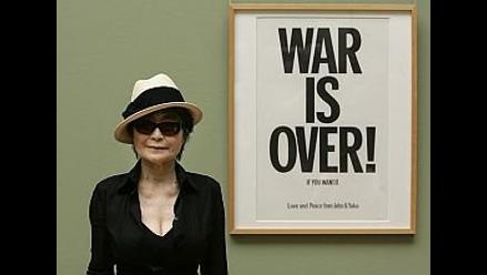 Yoko Ono convoca a sus seguidores en Times Square para cantar