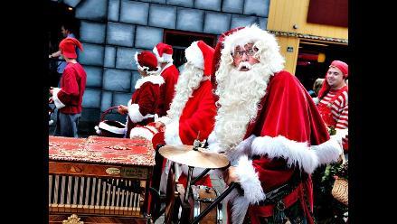EEUU: Policía arresta a Papa Noel por escribir deseos navideños en acera