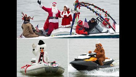 Papá Noel y sus renos celebran una Navidad acuática en Washington