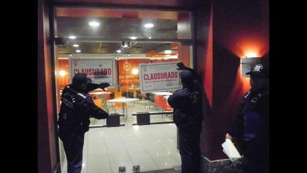 Municipalidad de San Miguel clausuró local de KFC