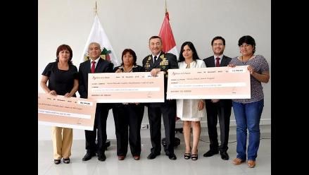 Inician pago de deudas antiguas a viudas y discapacitados de la PNP