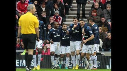 Tottenham venció 2-1 al Sunderland y es tercero en la Premier League