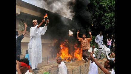 Al Qaeda ofrece oro por matar a embajador de EEUU en Yemen