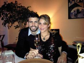 Gerard Piqué y Shakira saludan a sus seguidores por año nuevo