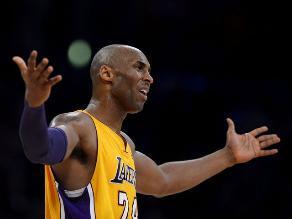 Kobe Bryant afirma que el plantel de Los Ángeles Lakers está muy viejo