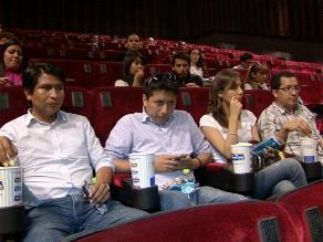 Industria de cine en China registra récord de recaudación en 2012
