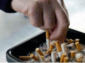Prohíben fumar en lugares cerrados de acceso público en Chile
