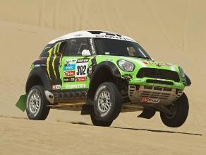 Dakar 2013: Stéphane Peterhansel gana la segunda etapa y manda en autos
