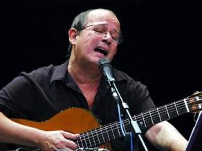 Silvio Rodríguez producirá disco con poemas de  peruano Javier Heraud