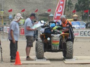 Cuatrimotista boliviano del Rally Dakar resultó herido en Ica