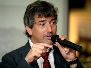 Publicarán novela de Santiago Roncagliolo en formato digital