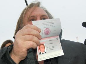Depardieu: Aceptaría pasaporte brasileño, pues soy ciudadano del mundo