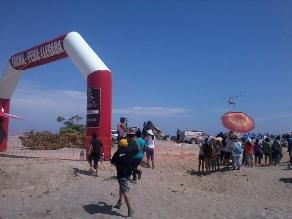 Tacna: Cientos de personas se movilizaron hasta la playa por Dakar