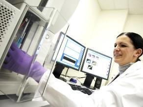 Investigadores crean heces artificiales para tratar infección
