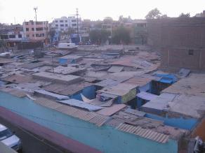 Trujillo: Exigen mejorar mercado por techos en mal estado en La Noria