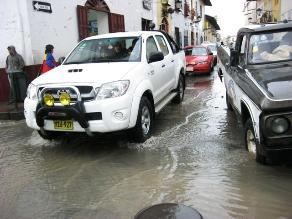 Arequipa soporta fuertes lluvias por más de 8 horas
