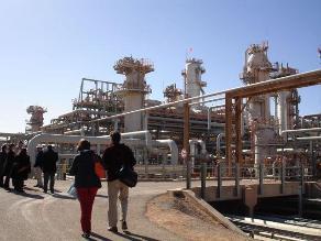 Treinta rehenes logran escapar de sus captores en Argelia