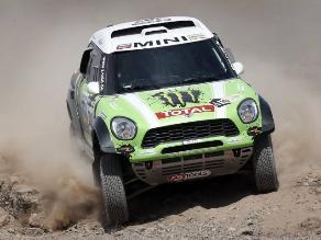 Stéphane Peterhansel rumbo a obtener su Rally Dakar número 11