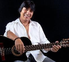 Cantautor Mito Ramos García lanza libro