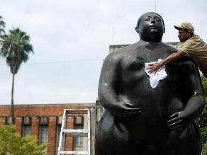 Embellecen 23 esculturas de Botero en Colombia