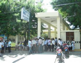 Piura: Trabajadores de Salud continúan en huelga indefinida