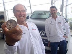 Los Ferrand se muestran felices luego de su participación en el Dakar