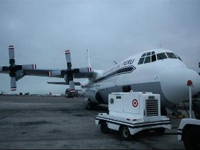 Vea el despegue del avión ´Hércules´ de la FAP rumbo a la Antártida