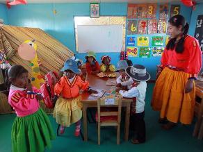 Defensoría del Pueblo recomienda a DRE contratar profesores bilingües