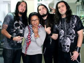 Eva Ayllón desea trabajar con metaleros Temptation Xplodes