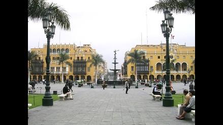 Cierre de Plaza Mayor fue decisión de la PNP por marchas de protesta
