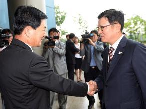 Las dos Coreas buscan fecha para reabrir Kaesong