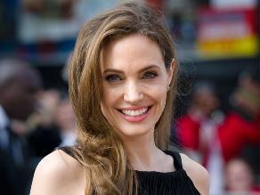 Angelina Jolie retoma su carrera tras someterse a doble mastectomía