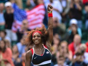 Serena Williams confiesa: Ninguna atleta tiene los senos como yo
