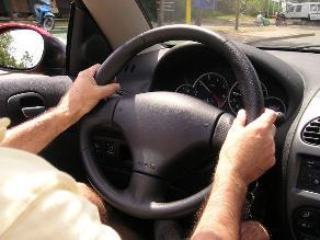 Conducir cansado es como hacerlo en estado de ebriedad