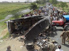 Ayacucho: Cuatro muertos deja vuelco de bus en vía Interoceánica