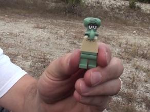 Usan piezas de Lego como balas de escopeta