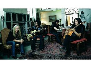 Alice in Chains estrena dos videoclips el mismo día