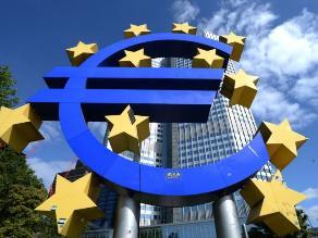 BCE: Política monetaria seguirá expansiva mientras sea necesario