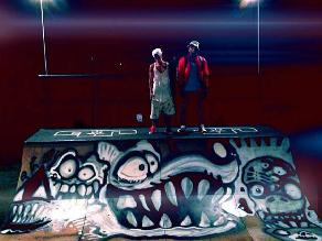 Chris Brown pintó pista de patineta a Justin Bieber