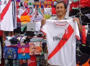 Aficionado lambayecano confía en triunfo de selección peruana