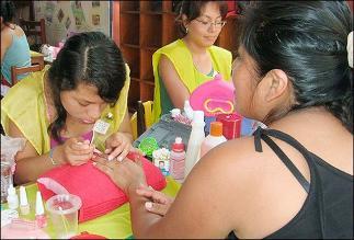 DHL emprende programa de educación y empleo en Aldeas Infantiles