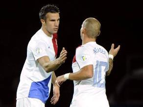 Holanda clasificó al Mundial gracias a los goles de Robin Van Persie