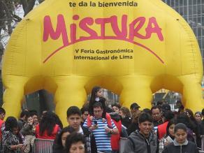 Apega: Más de 40.700 extranjeros visitaron Mistura en primeros 3 días