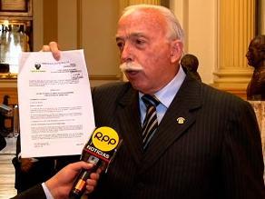 Tubino advierte que proyecto de ley es matrimonio gay encubierto