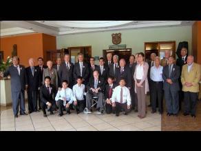 Egresados UNI rinde homenaje a ingenieros con más de 50 años de graduados